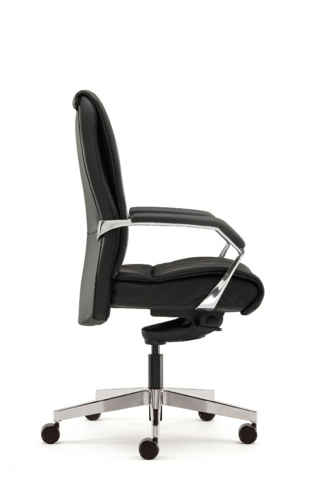 Pledge Zante Executive Leather Task Chair in Black Leather On Castors With Fine Chrome Finish
